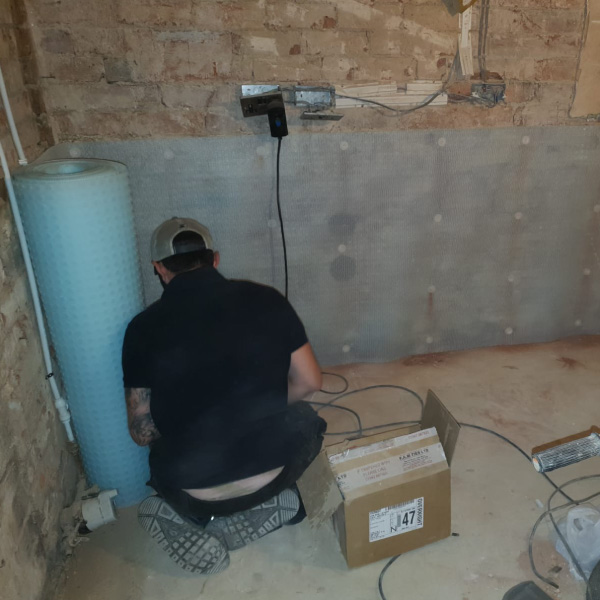 Damp proofing walls Doncaster project start