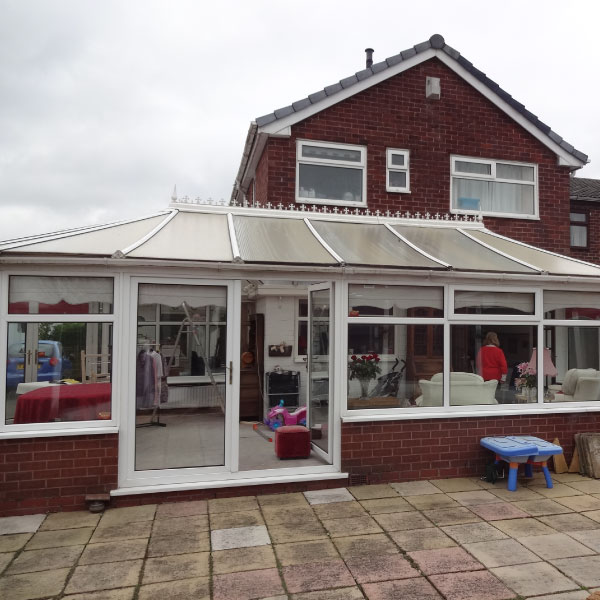 dated-conservatory-roof-style-before-replacement
