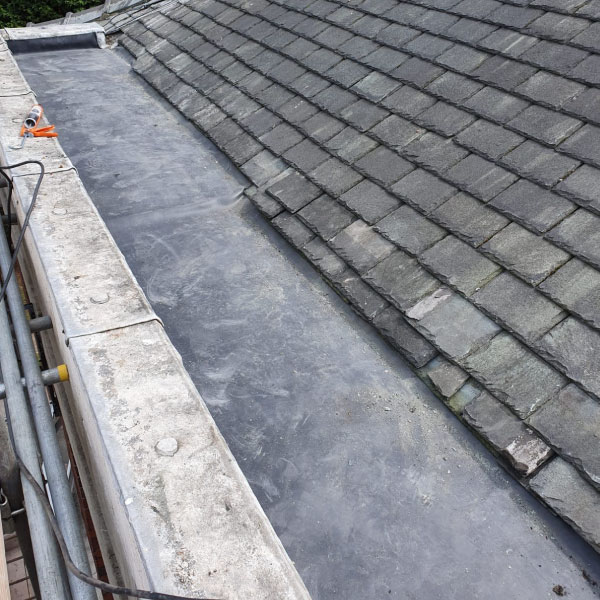 flat-roof-during3