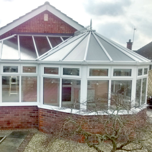 p-shaped-conservatory-roof-before-replacement